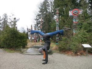 1402 Vancouver Handstand